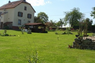 jardin avec maison.jpg